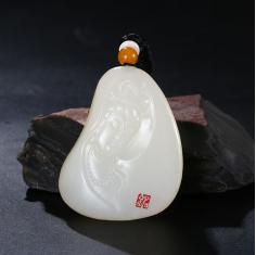 和田玉白玉籽料观音吊坠---玉雕大师黄铭作品