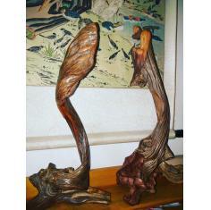 佛陀达摩渡江崖柏俏色雕,高40厘米